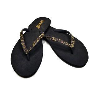 Reef Glitter Leopard Print Flip-Flop Sandals